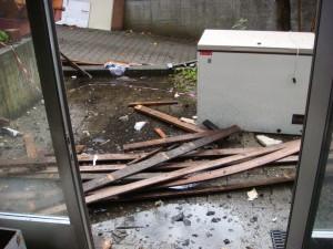 Dach- und Kellerräumungen gleichzeitig
