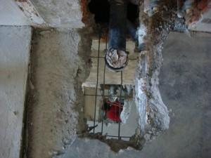 Die alten WC-Abläufe sind bereit zum Umbau